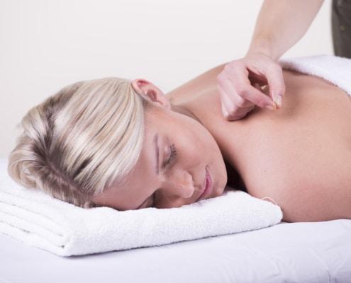 hoe lang moeten acupunctuurnaalden blijven zitten